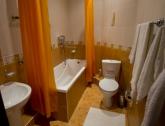 """Санузел+ванна в номере в гостинице """"Виктория"""" в Темрюке"""
