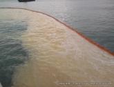 Разлив масла в море