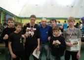 16-летний темрюкский боксер на первенстве Краснодарского края закончил оба боя нокаутами. В первом раунде!
