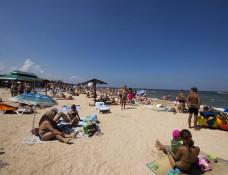 Курорт, пляж в Голубицкой
