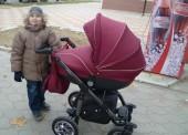У месячной девочки украли коляску