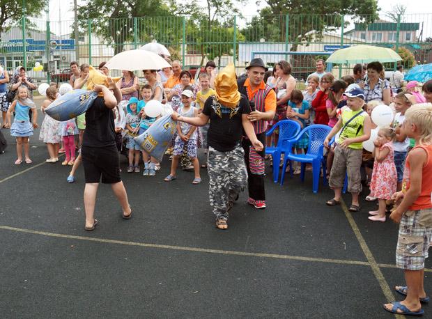 Тамань в День защиты детей 2013. Фото компании ЭФКО