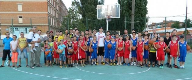 Мастер-класс по баскетболу в Темрюке