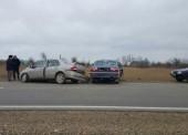Один человек погиб, четверо ранены в ДТП на дорогах Темрюкского района