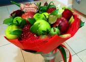 Оригинальный букет из фруктов, овощей или сладостей можно заказать в Темрюке