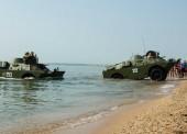 Бронеавтомобили переплывут из Тамани в Крым по Керченскому проливу 22 июля