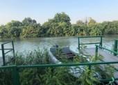 Лодка с туристами перевернулась в Темрюкском районе, один человек в реанимации