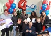 Вручение ценных подарков прошло в медцентре ТомоГрад в честь 4-летия