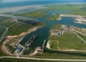 Огромную нефтебазу построят в порту Темрюк. Проект одобрен Главгосэкспертизой