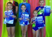 Вторые и третьи места заняли темрюкские акробаты на соревнованиях в Северской