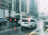 Синоптики обещают к середине недели атмосферную впадину и дождь