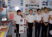 Темрюкские шестиклассники посоревновались на знание биографий тружеников-героев
