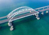 Въезд на Крымский мост могут закрыть на неделю